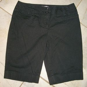 Ann Taylor LOFT Black Long Walking Shorts 2 P